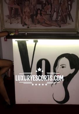 Escorta Vogue masaj 2